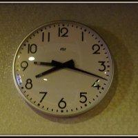 Такие смешные часы :: Вера