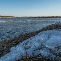 Остатки ледяного дворца снежной королевы :: Алексей -