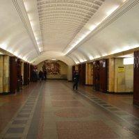 ст.метро Бауманская (открылась 18 января 1944г) :: Галина R...