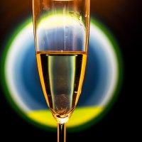 Вариации на тему бокала с белым вином... :: Людмила Синицына