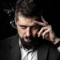 I am :: Dmitriy Lobanov