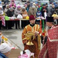 Освящение Пасхальной снеди . :: Мила Бовкун