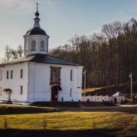 Церковный рассвет :: Roman Belitsky