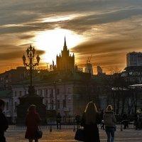 На исходе дня... :: Ирина Шарапова