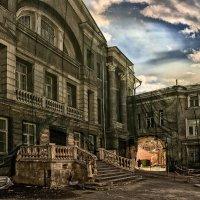 Не броди по старым адресам, душу, как карман, не выворачивай :: Ирина Данилова