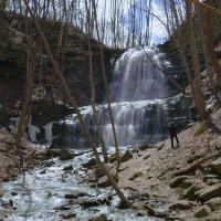 Еще один из 33 водопадов г. Гамильтон (Sherman Falls, 17 м) :: Юрий Поляков