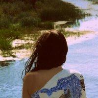 Broken wings :: Maggie Aidan