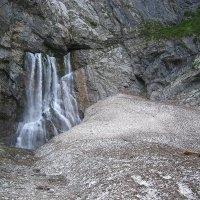 Абхазия. Гегский водопад в начале мая. :: юрий