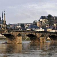 За мостом - другая эпоха :: Виктор Льготин