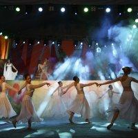 На сцене. :: Лев Колтыпин