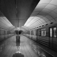 """серия """"метро в ч\б"""" :: Даниил pri (DAROF@P) pri"""