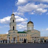 Храм в Вольске. :: Анатолий