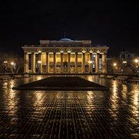 Оперный театр ночью :: Alex Sib