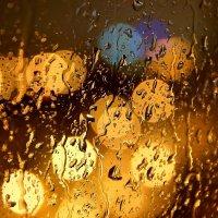 Ночной апрельский дождь :: Денис Кораблёв