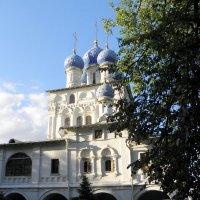 Храм иконы Божией Матери Казанская в Коломенском. :: Елена