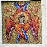 Мозаика на вратах монастыря. :: Елена