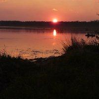 Закат на озере. :: Олег Дейнега