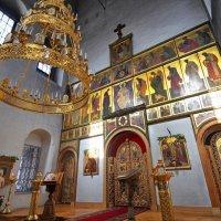 Церковь Воскресения Христова в Пленницах. :: Юрий Кольцов