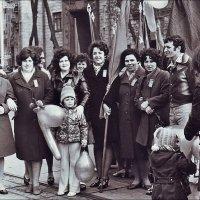 На демонстрации. 1972 год :: Нина Корешкова