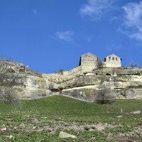 Пещерный город Чуфут-Кале :: Zinaida Belaniuk