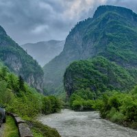 Абхазия, река Бзыбха :: Владимир Горубин