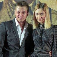 Актер Павел Прилучный и актриса Агата Муцениеце :: Евгений Кривошеев