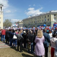На демонстрации трудящихся 1 мая :: Галина