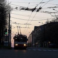 Первый троллейбус :: Владимир Максимов