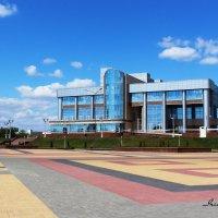 Дворец Культуры Металлургов :: Ирина Прыбыткова