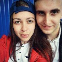 Если я смотрю на тебя, а глаза мои щурятся, значит ты - солнце. :: Ярослава Сербина