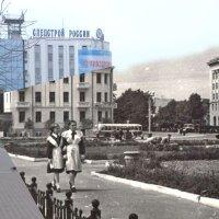 Площадь Ленина Хабаровск 1960-2015 :: Oleg Bo