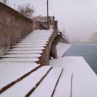 Москва Снегопад на водоотводном канале :: Денис Масленников