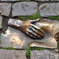 На память о древнейшей профессии. Амстердам. :: Виктор Никаноров