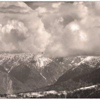 На одной высоте с облаками :: Виталий Павлов
