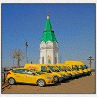 Машины DHL возле символа Красноярска - часовни :: Николай Аносов