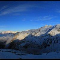 Панорама Донгузорун,над облаками,Баксанское ущ. 2 :: Олег Петрушин
