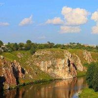Шум берёз,шёпот трав возле тихой реки... :: Галина Стрельченя
