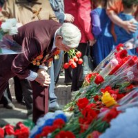 Полсотни лет нам снятся сны после войны... :: Наталия M