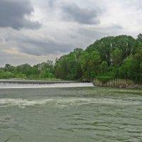 А воды уж весной шумят... :: Galina Dzubina
