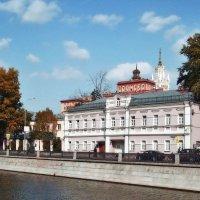 Москва Набережная водоотводного канала :: Денис Масленников