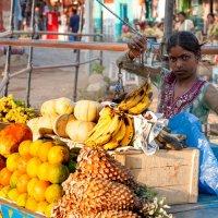 India. Hampi. Fruit Seller :: Наталья Терентьева