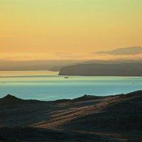 Рассвет на Малом море :: Владимир Собардахов