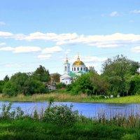Храм старинный у реки. :: Валентина ツ ღ✿ღ