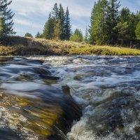 Пороги таёжной реки :: Сергей Шаврин