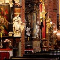 Wnętrze Katedry w Pelplinie :: Janusz Wrzesień