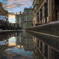 Атланты в лучах заката :: Valeriy Piterskiy