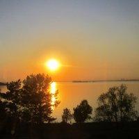 Закат над Обским морем . :: Мила Бовкун