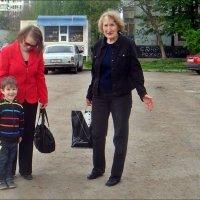 Весёлый внучек :: Нина Корешкова