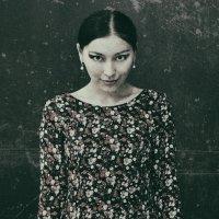 Лаура... :: Elena Nikitina