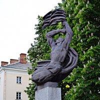 Памятник Перемозі Хмельницьк :: Степан Карачко